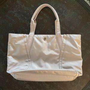 Lululemon out of range tote laptop bag used chrome